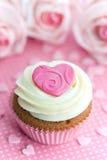 Valentijnskaart cupcake Stock Afbeeldingen