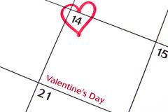 Valentin dag på en kalender Royaltyfria Bilder