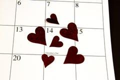 Valentin dag på kalender Royaltyfria Foton