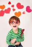 Valentin dag: Roliga ungar arkivfoto