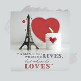 Valentin dagcitationstecken med stearinljuset, härden och Eiffeltorn Souv Arkivbild