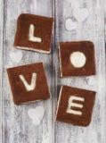 valentin för st för förälskelse s för cakebegreppsdag Chokladbanankaka Arkivfoto