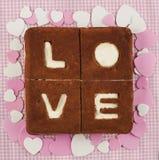 valentin för st för förälskelse s för cakebegreppsdag Chokladbanankaka Royaltyfria Foton