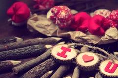 Valentinbakgrund, älskar jag dig meddelandet Arkivbild