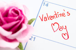 Valentindagbegrepp med kalendern Royaltyfri Fotografi