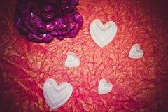 Valentindagblomma och hjärtor Fotografering för Bildbyråer