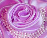 Valentindagen steg: Rosa kort - materielfoto Arkivbilder