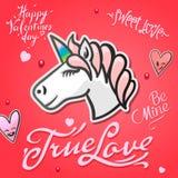 Valentindagkort med det gulliga enhörningdjuret, klistermärkear och hand drog bokstäver Royaltyfria Foton