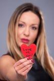 Valentindagkvinna med den röda klänningen Royaltyfria Bilder