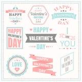 Valentindaguppsättning av etiketter, emblem och typografibeståndsdelar Arkivfoto