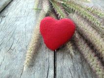 Valentine-achtergrond, rood hart Stock Foto