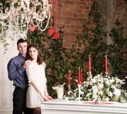 Valentine, amour et relations Tendresse Jeunes couples, amie et ami Photo libre de droits