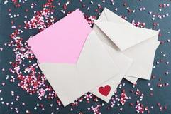 Valentine Card med hjärtastänk royaltyfria bilder