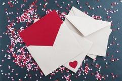 Valentine Card med hjärtastänk royaltyfria foton