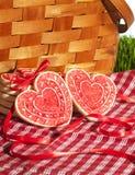 Valentine Cookies Picnic Basket 2 fotografia stock libera da diritti