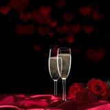 Valentine-dag met champagne en rozen Stock Afbeelding