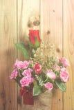 Valentine Day, Bildhintergrund der abstrakten Kunst der rosafarbenen Blume, Weinlesefilterbild Stockbilder