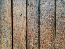 Valentine en bois colorée de fond de fleur de coeur de table colorée de vert bleu de ciel bleu de barrière Photographie stock