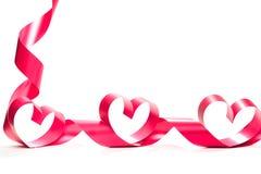 Valentine Heart Fita vermelha elegante do presente do cetim Fotos de Stock Royalty Free