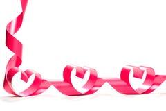 Valentine Heart Ruban rouge élégant de cadeau de satin Photo libre de droits