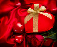 Valentine Red Hear Gift Royaltyfria Foton