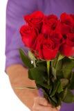 Valentine: Standhouden Dozijn Rozen in Boeket Royalty-vrije Stock Afbeelding