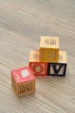 Valentine& x27 ; jour de s Amour écrit avec les blocs colorés d'alphabet Photo libre de droits