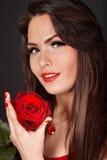 valentines красного цвета девушки дня предпосылки розовые стоковые фото