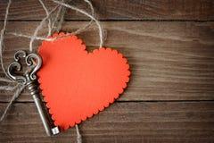 Valentines coeur et clé Photos stock