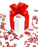 valentines d'isolement par cadeau de jour blancs Image libre de droits