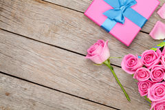 Valentines day background with gift box full of pink roses Royalty Free Stock Photography