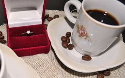 Two cups of coffee with coffee beans and heart Royalty Free Stock Photography