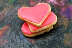 Valentinkakor i forma av hjärta royaltyfri bild