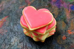 Valentinkakor i forma av hjärta arkivbild