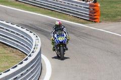 Valentino Rossi гонок команды фабрики Yamaha Стоковые Фотографии RF