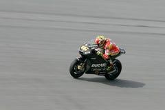 Valentino Rossi de las personas de Ducati en la acción Imagen de archivo libre de regalías