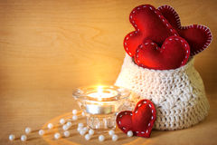 Valentinsgrüße mit Kerze Lizenzfreie Stockfotografie