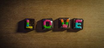 Valentinsgruß-reizende Schokolade für reizende Gelegenheiten Lizenzfreie Stockfotografie