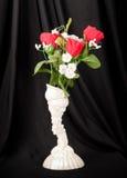 Valentinsgruß-Rosen-Blumenstrauß Lizenzfreies Stockbild