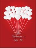 Valentinsgruß ` s Tag des Weißbuch-Herzens auf einem roten Hintergrund Stockfoto