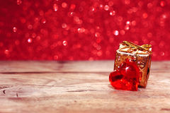 Valentinsgruß ` s Tag, Feiertagshintergrund mit Herzen, Geschenkbox Lizenzfreies Stockbild