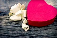 Valentinsgruß ` s Tag - Kasten Schokoladen, ein Geschenk für die Liebhaber stockbild
