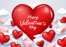 Valentinsgruß ` s Tageshintergrund mit Herzflügeln fliegen zum Himmel Lizenzfreie Stockfotos