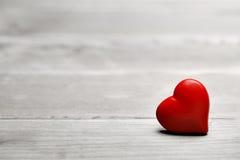 Valentinsgrußherz für Liebe Stockbilder