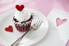 Valentinsgrußkleiner kuchen Lizenzfreies Stockbild