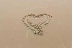 Valentinsgrußtag auf dem Strand stockfoto