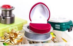 Valentinsgrußtagesfischenüberraschungsgeschenk Lizenzfreies Stockfoto