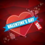 Valentinsgrußtagesherzformverkaufsaufkleber oder -aufkleber auf abstraktem rotem Hintergrund mit Unschärfe beleuchtet Vektorverka Lizenzfreie Stockfotografie
