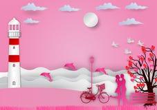 Valentinsgrußtageshintergrund mit Mann und verliebte Frau haben Fahrrad und einen Baum, der aus Herzen und Meer mit Delphinen her Lizenzfreie Stockfotografie