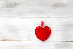 Valentinsgrußtageshintergrund mit roten Inneren Lizenzfreie Stockfotos